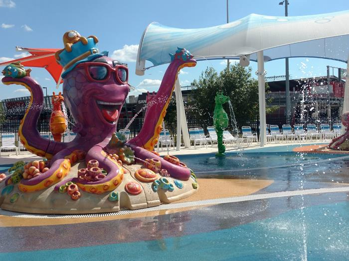 water-park-people-disabilities-morgans-inspiration-island-4-59477845bbe4d__700